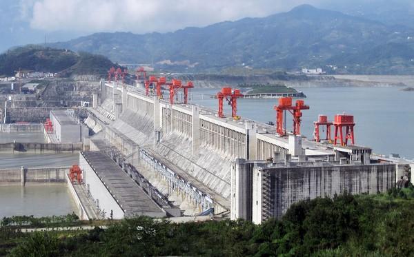 China_Dam_1
